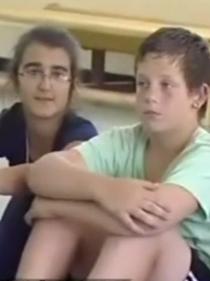 כתבת חדשות ערוץ עשר על עמותת 'חינוך לפסגות'